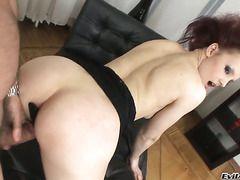 Секс русской красивой женщины с молодым парнем