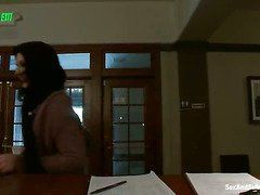 Порно видео скрытой камерой на телефон