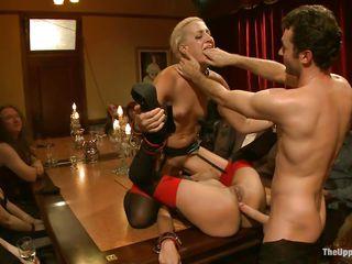 Порно видео киской на лицо