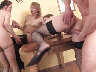 Видео секса зрелых чешек