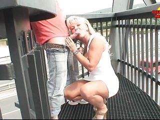 Порно рассказы лизал жене