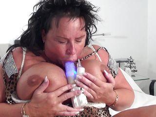 Девушки с бананом игрушками секс