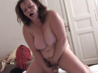 Порно жену огромным