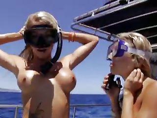 Голые испанки порно