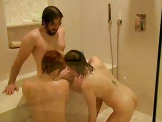 Грубый секс мужчина с мужчиной