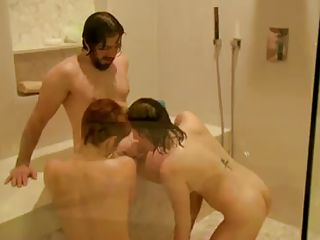 Порно групповуха лесби