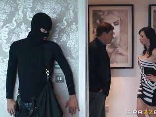 Трахнул секретаршу русское порно