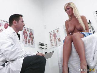 Любительское видео скрытой камерой секса с сыном