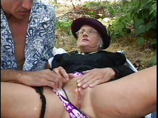 Порно рассказ жена муж друг