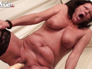 Бесплатное любительское порно старых