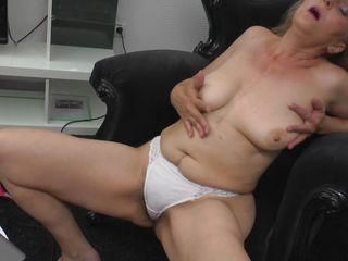 Порно волосатых мамаш