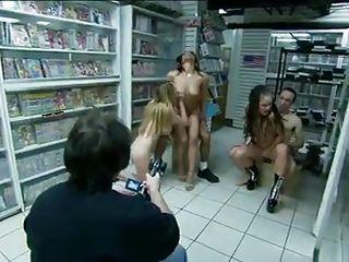 Порно мужчины бисексуалы