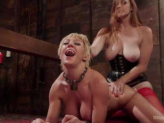 Порно госпожа со страпоном