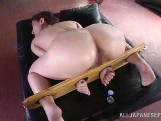 Двойное проникновение с дилдо порно