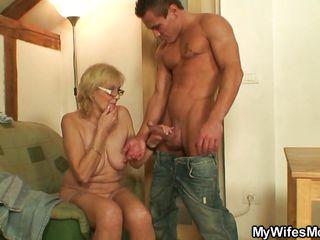 Порно бесплатно жена и друг мужа