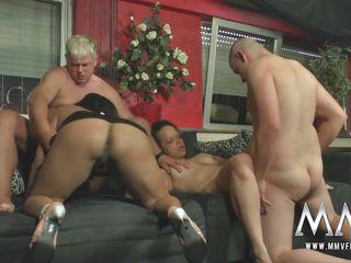 Домашнее порно зрелые групповуха