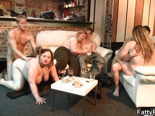 Скачать порно игры с реальными девушками