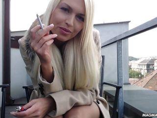 Порно официантка немки