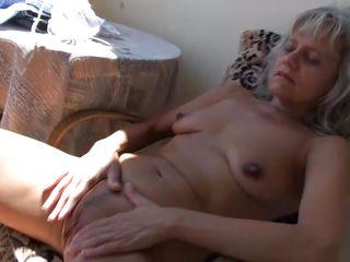 Снимает оргазм жены