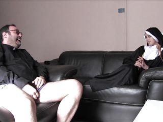 Порно монахини полнометражное