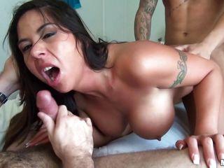 Порно брюнетки двойное