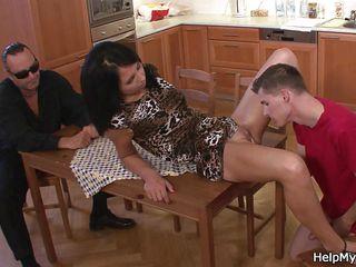Муж жена интим снятый дома