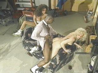 Порно фото небритых зрелых дам