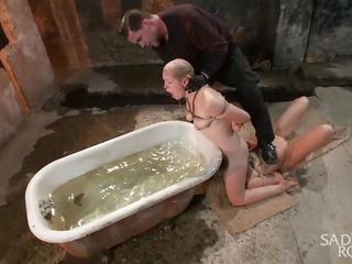 Порно подглядывание в женской бане