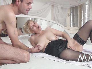 Смотреть порно зрелых немецких женщин