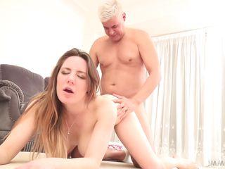 Порно фото небритая пизда