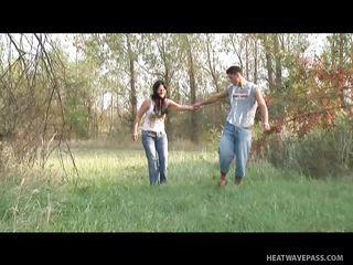Видео снял жену со всех ракурсов