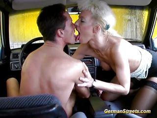 Порно онлайн красивая немка