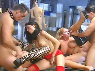 Порно фильм порка