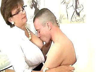 Порно писающие старики