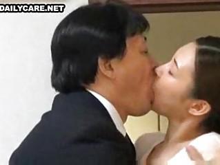 порно просмотрами японских домохозяек