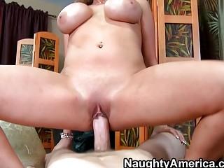 Домохозяйка по английски порно