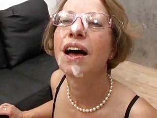 Шлюхи в очках порно