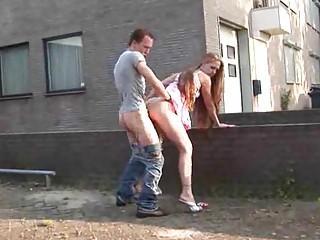 Порно нарезки писают на улице