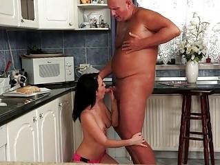 Порно молодые девки секретарши