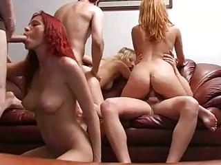 Секс домохозяйка сыном
