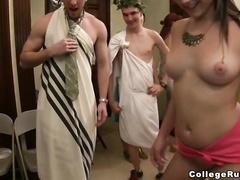 Видео мастурбации красоток