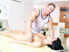 Эротический массаж мужчине видео