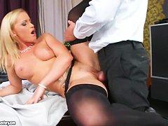 Порно старушки в чулках