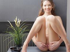 Худенькая в лосинах порно