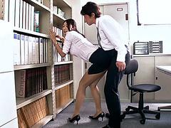 Секс японок в офисе