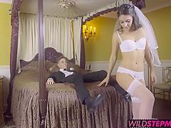 Русское порно жена заставила сосать член