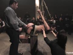 Порно нейлон извращения страпон