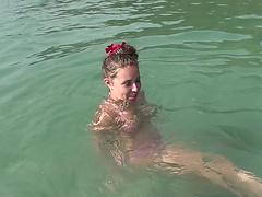 Порно пляж бассейн
