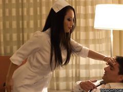 Порочная медсестра порно