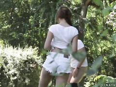 Секс видео женщин на природе